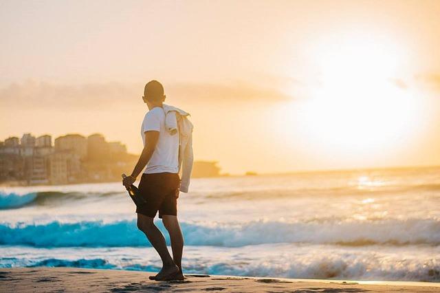Tips Mengatasi Sengatan Matahari