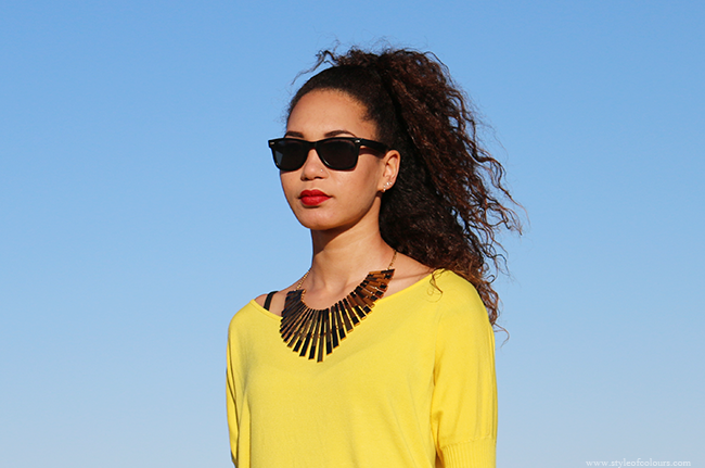Yellow Oversized jumper with bows