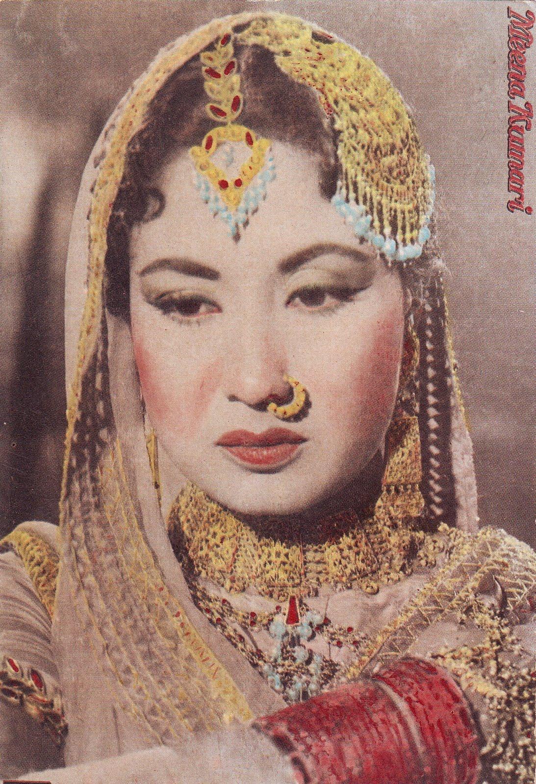 http://1.bp.blogspot.com/-iRLn3UxKHHM/UEW7p4lXR4I/AAAAAAAABKM/TYmq5a11_Us/s1600/meena-kumari-wallpaper-3.jpg