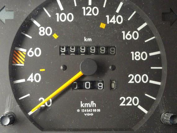 [Resim: 2011-4-11-bericht-kilometer-millionrmerc...844800.jpg]