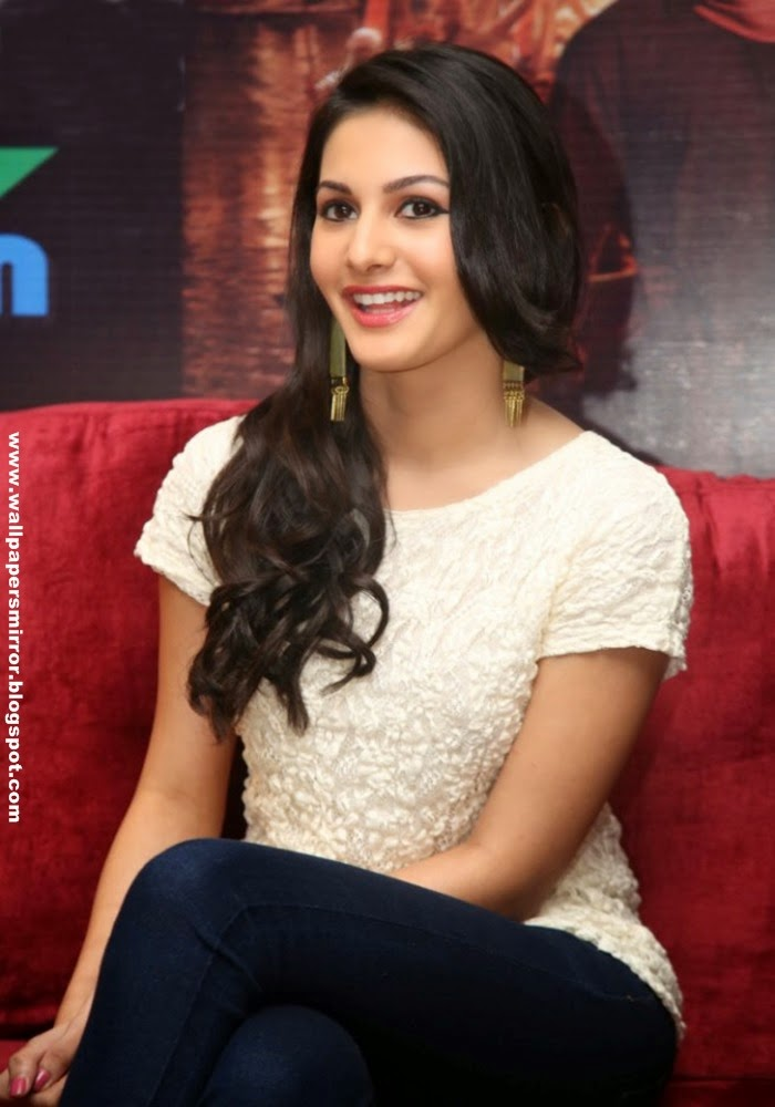 amyra dastur sexy hot hd wallpapers