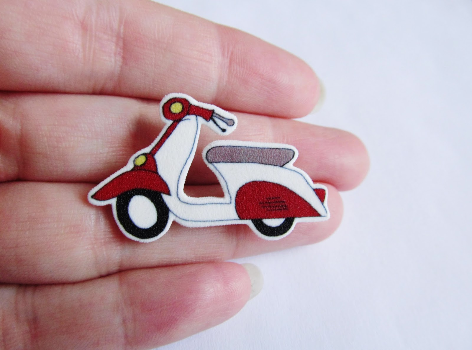 Dottiedollie August 2013 Scooter Vip Keychain Also Scooting Along With Them Are