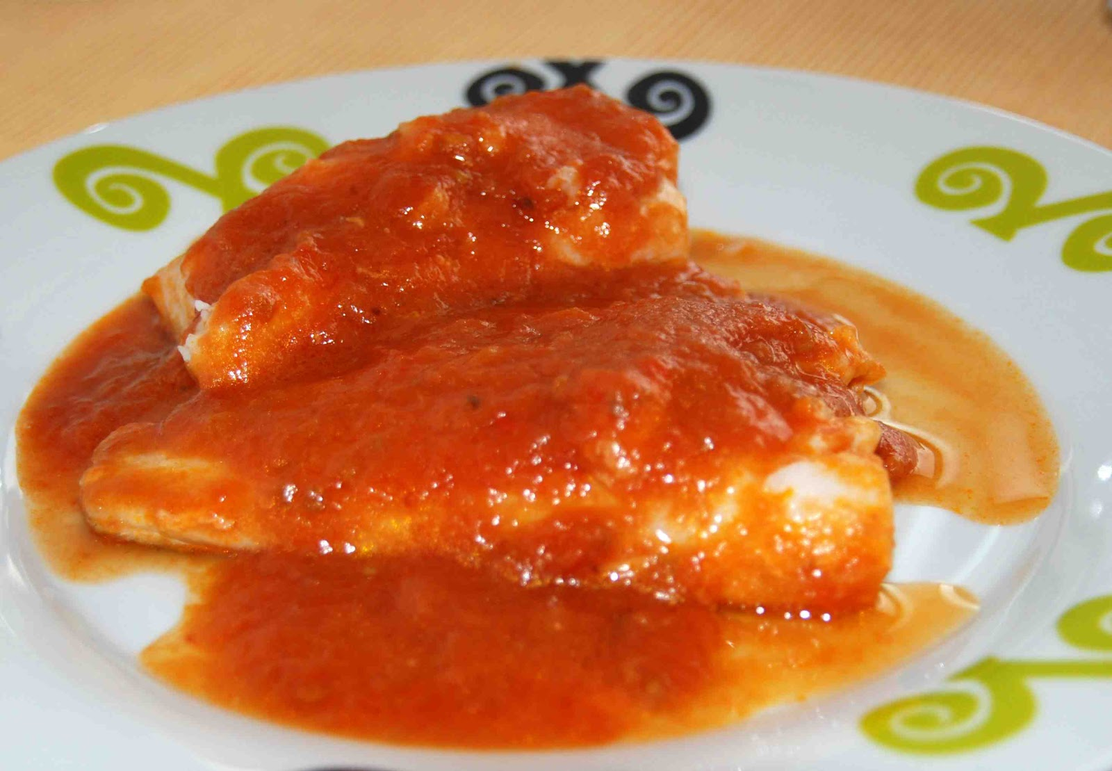 Bacalao con tomate y ensalada de cardo con vinagreta de - Bacalao fresco con tomate ...
