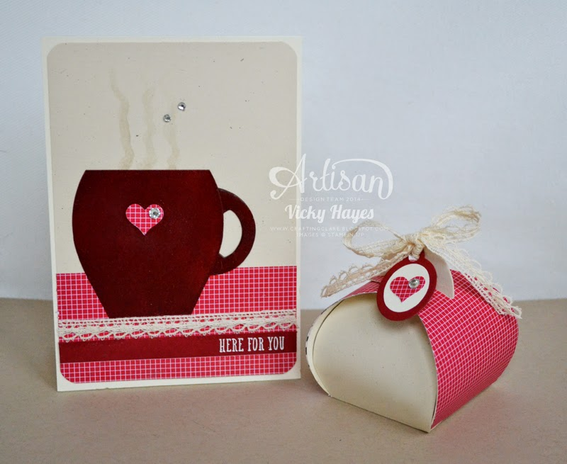 UK Stampin demonstrator Vicky Hayes shows how to make a card and box gift set from the Curvy Keepsake Box