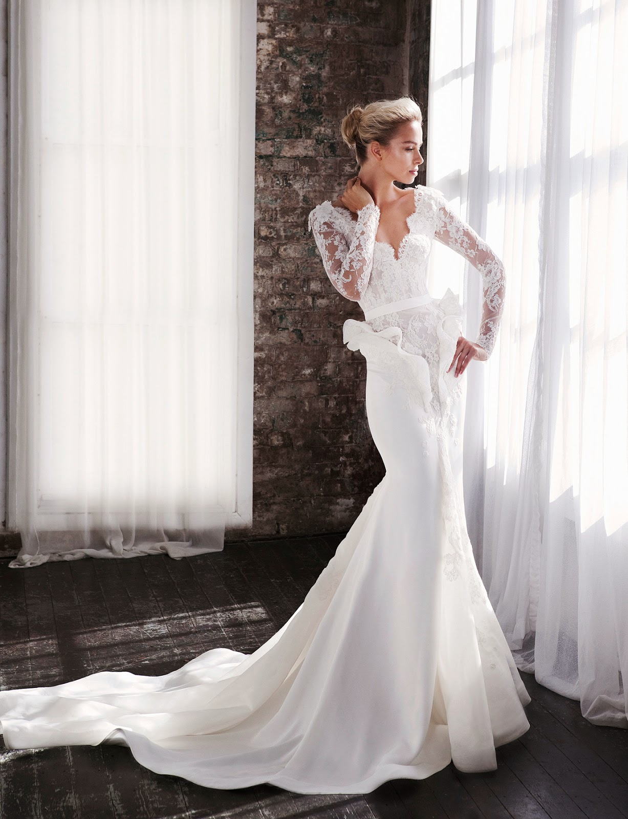 Lace Backless Wedding Dresses 2014