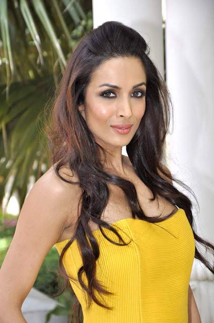 Photo - Malaika Arora Khan at SmarTEST! 2012 Final Contest