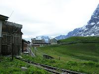 Estación de Keine Scheideng, Suiza,Keine Scheideng Station, Switzerland, Gare Keine Scheideng, Suisse, vuelta al mundo, round the world, La vuelta al mundo de Asun y Ricardo