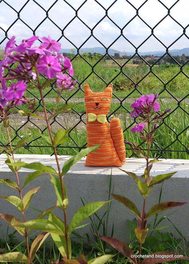 szydełkowy kot