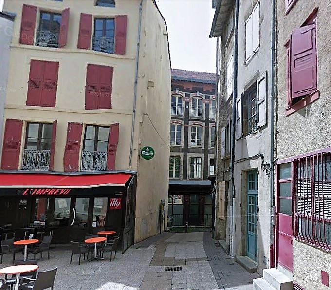 16 place de la halle, Le Puy