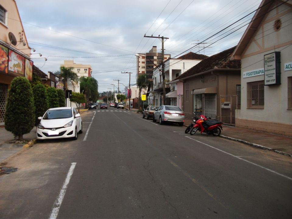 JAIR WINGERT RECLAMA DE SERVIÇOS NO CENTRO