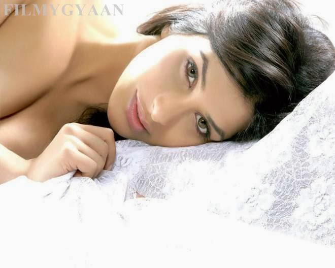 sophie choudry latest cute pics