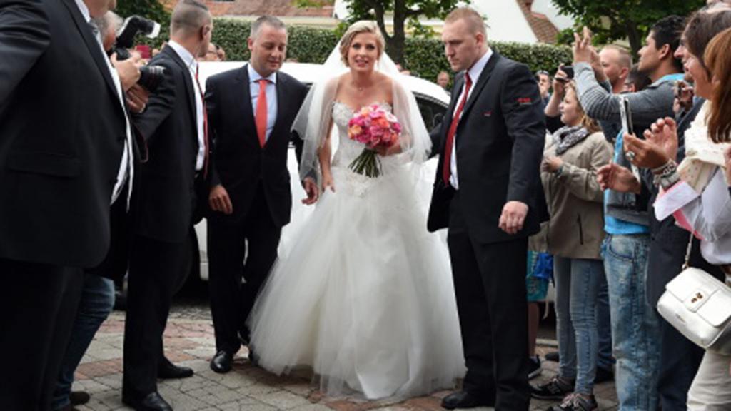 5 photos du mariage de Raphaël Varane avec Camille Tytgat au Touquet