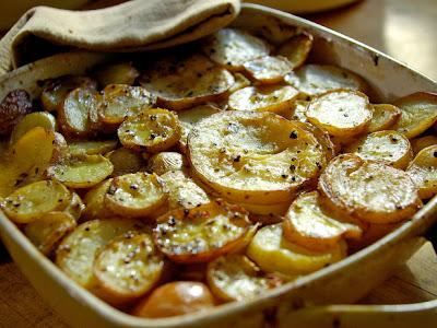 French food friday pommes de terre la boulang re - Butter pomme de terre ...