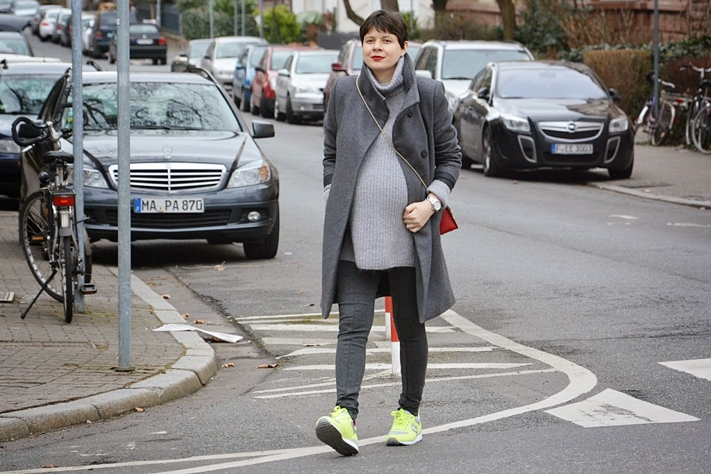Street style in grey colour