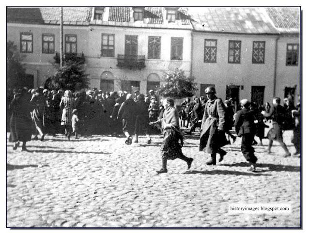 Pinsk  Belarus 1941 Killings Einsatzgruppen Nazi exterminators