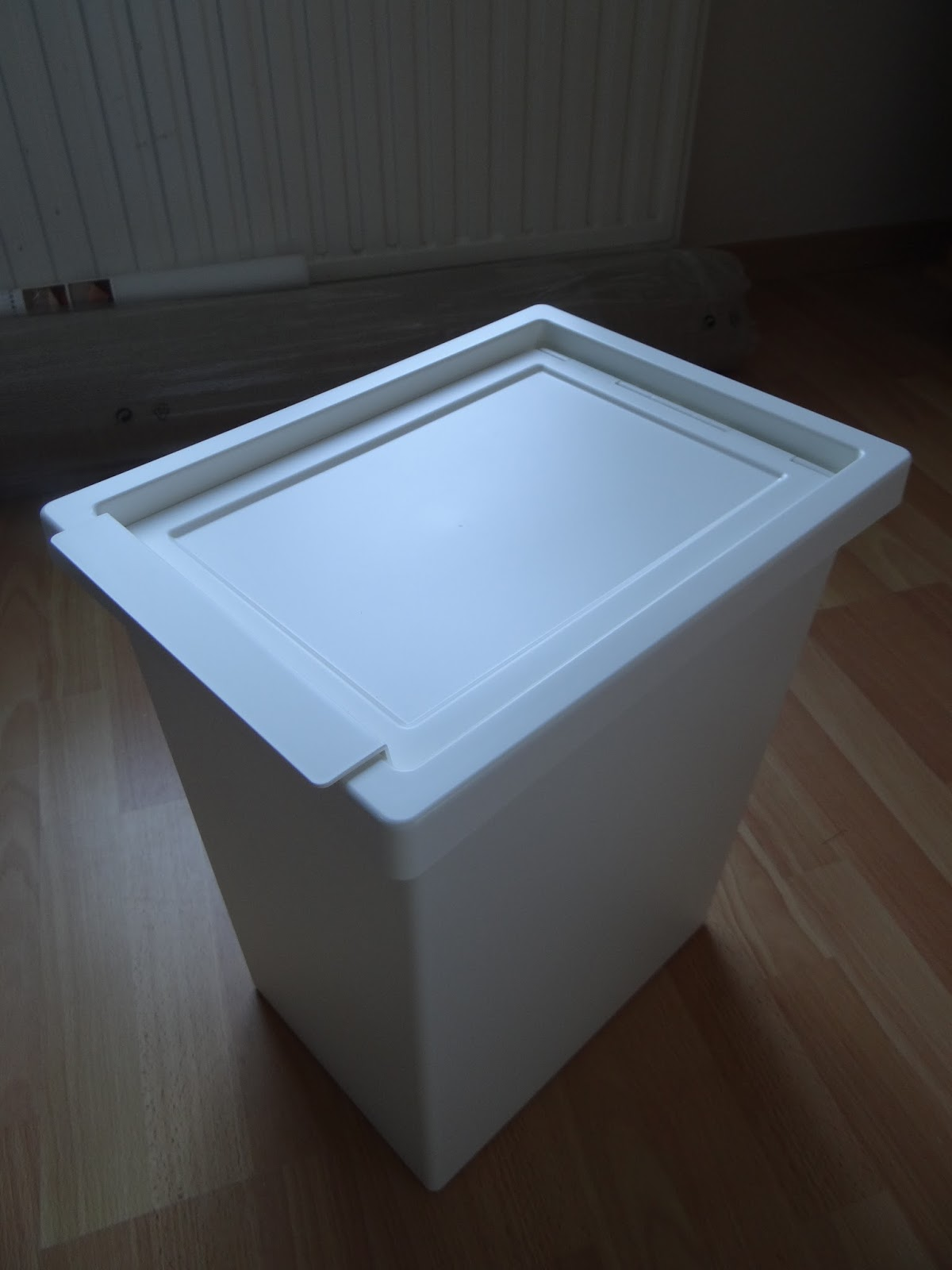 liste de naissance booblezoo poubelle langes ikea. Black Bedroom Furniture Sets. Home Design Ideas