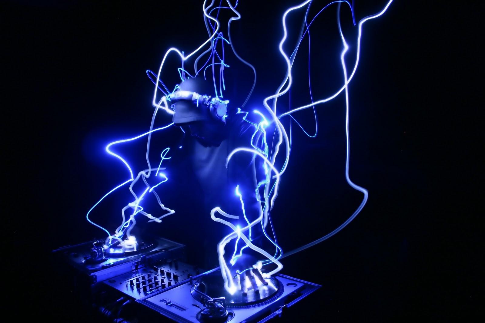 Mu and Rock'n'roll Music Iya Nano
