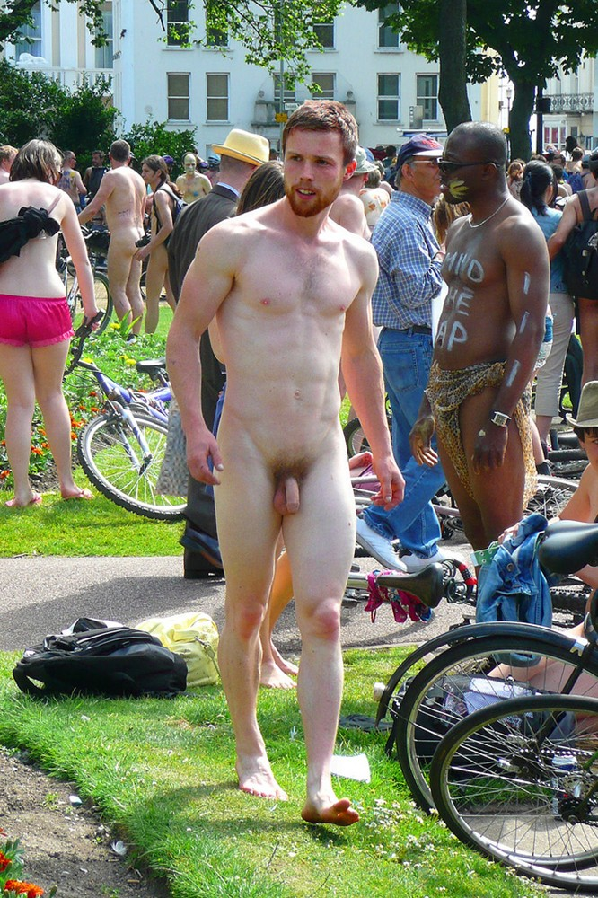 men naked in public