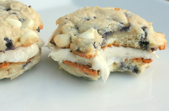Blueberry & Cream Cookies-Wiches: Tookies