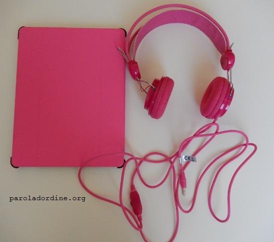 paroladordine-socialmente-viaggi-bambinispeciali-tablet