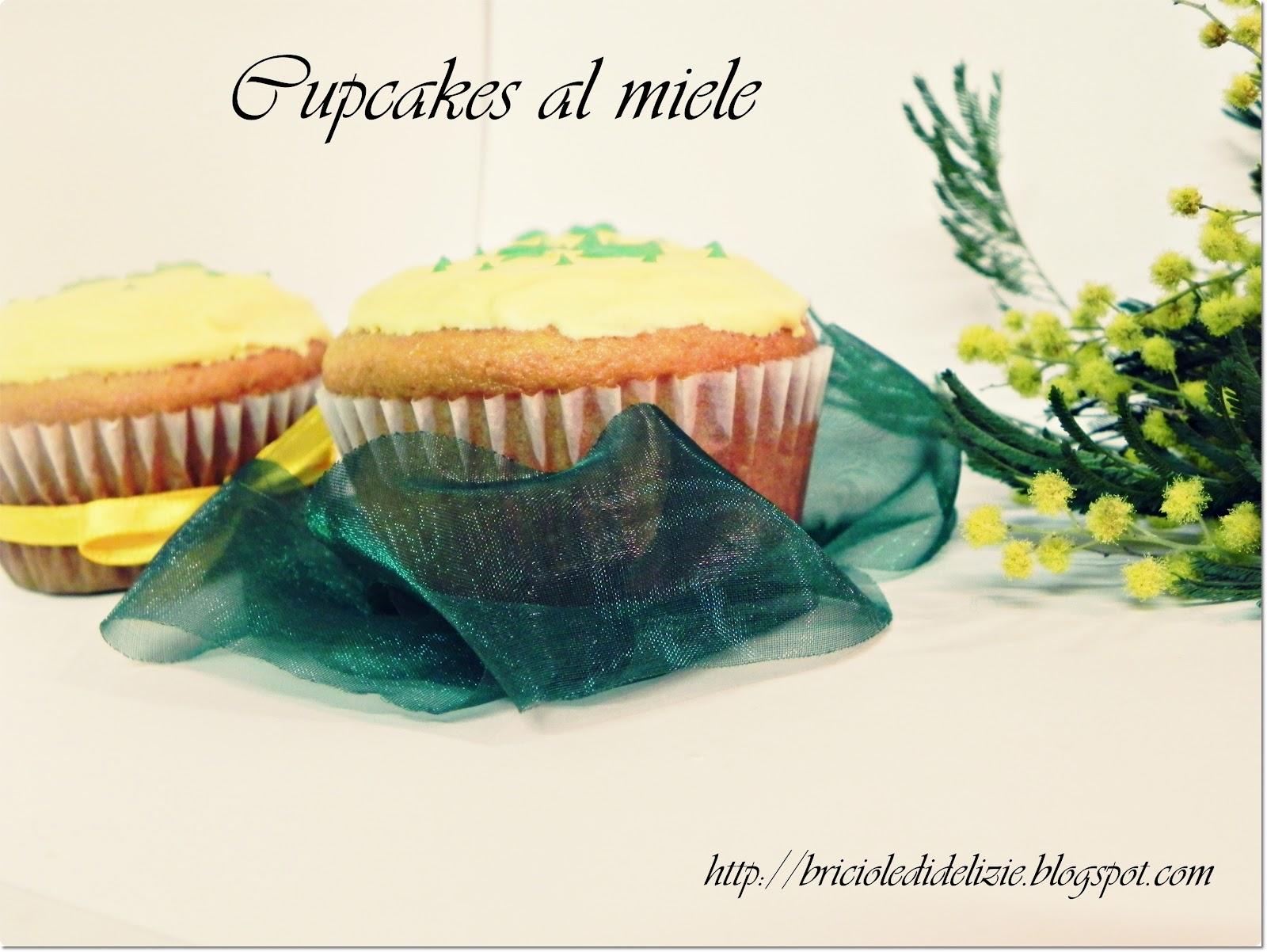 http://1.bp.blogspot.com/-iUBQ7nD5DvY/T1kcpGud2-I/AAAAAAAAA4o/I-wI00joN6c/s1600/Cupcakes+festa+donna3.JPG