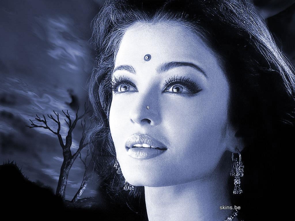 http://1.bp.blogspot.com/-iUDG8oGzNBE/Tw3OgIYvG4I/AAAAAAAAByM/vc6HTZtBLUM/s1600/Aishwarya-Rai-funny-photos.jpg