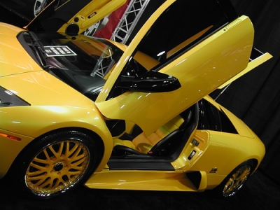 Kobe Bryant Cars >> Famous Celebrities And Their Cars Vanessa Bryant S Car