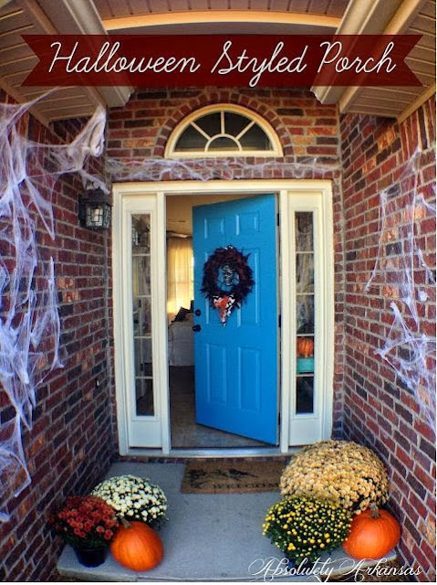 Halloween Styled Front Porch