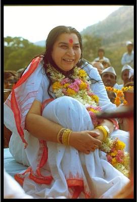 Le Souffle Frais de la Kundalini : Tout de suite et maintenant si vous le voulez ... Shri+Mataji+Inde