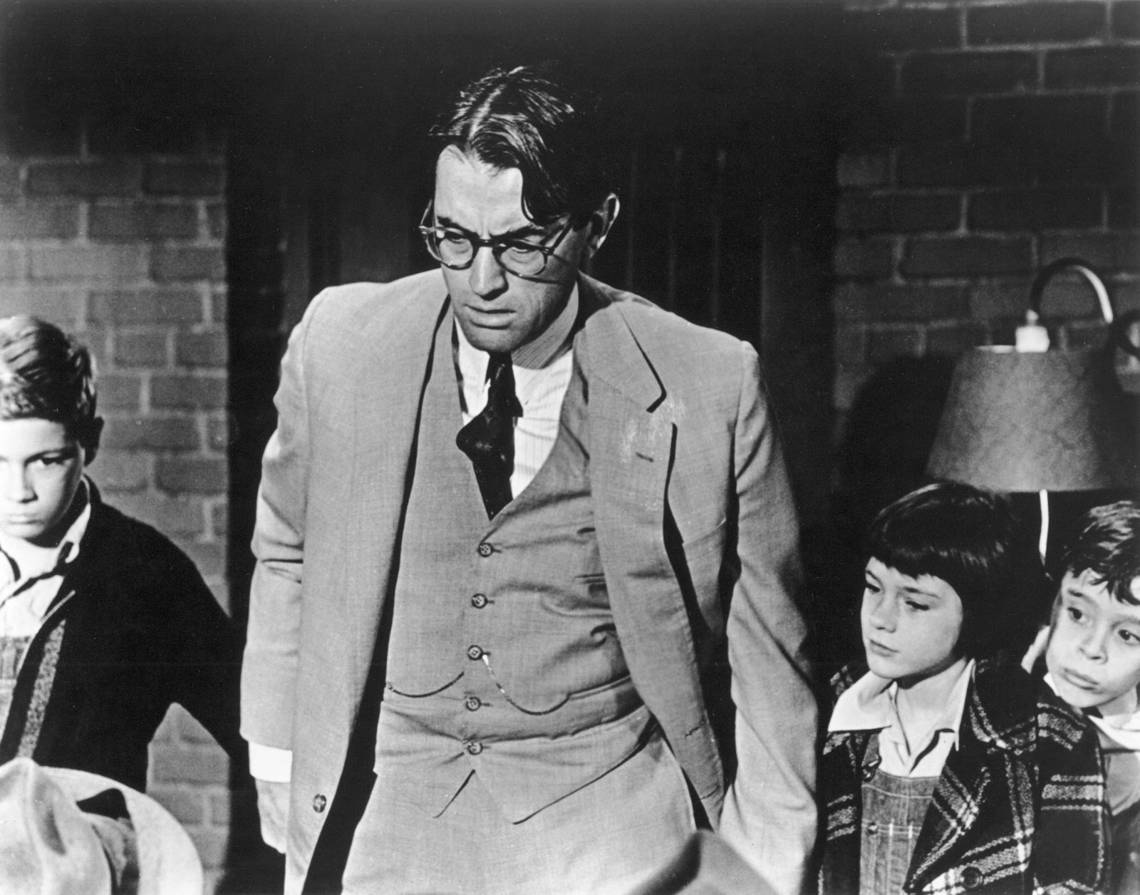 Movie Review: To Kill A Mockingbird (1962) | The Ace Black ...