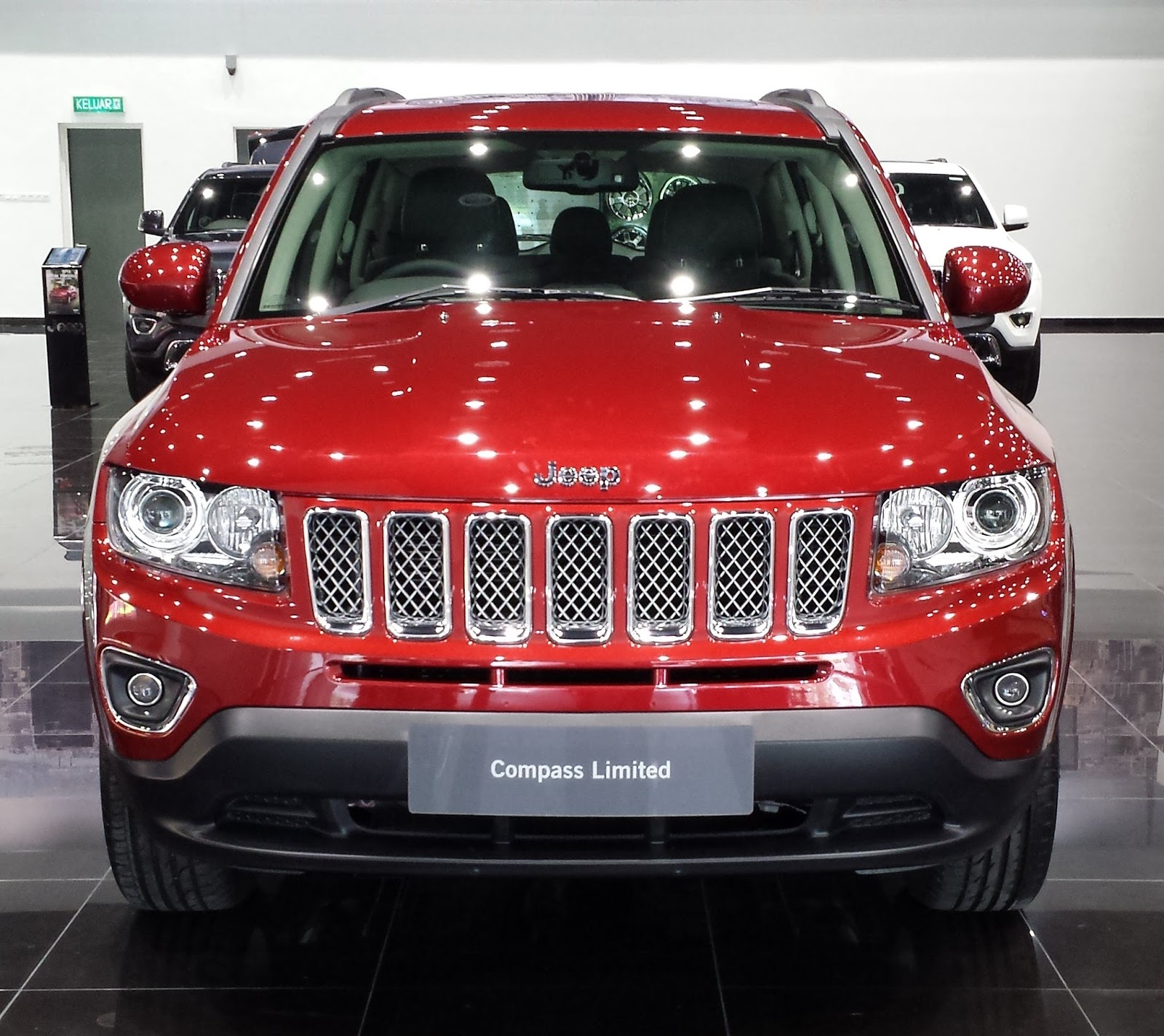 Jeep Compass Used Car: The Layman Auto: Jeep Compass Taking On The Car-based SUV
