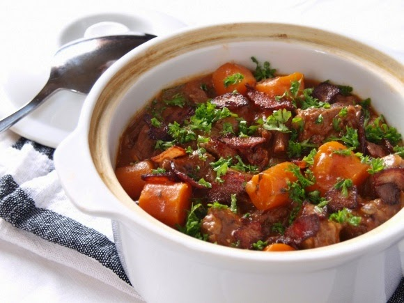 Stew with Red Wine and Bacon Recipe