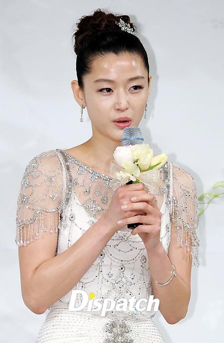 ��� feed your hallyu daily needs jun ji hyun and choi