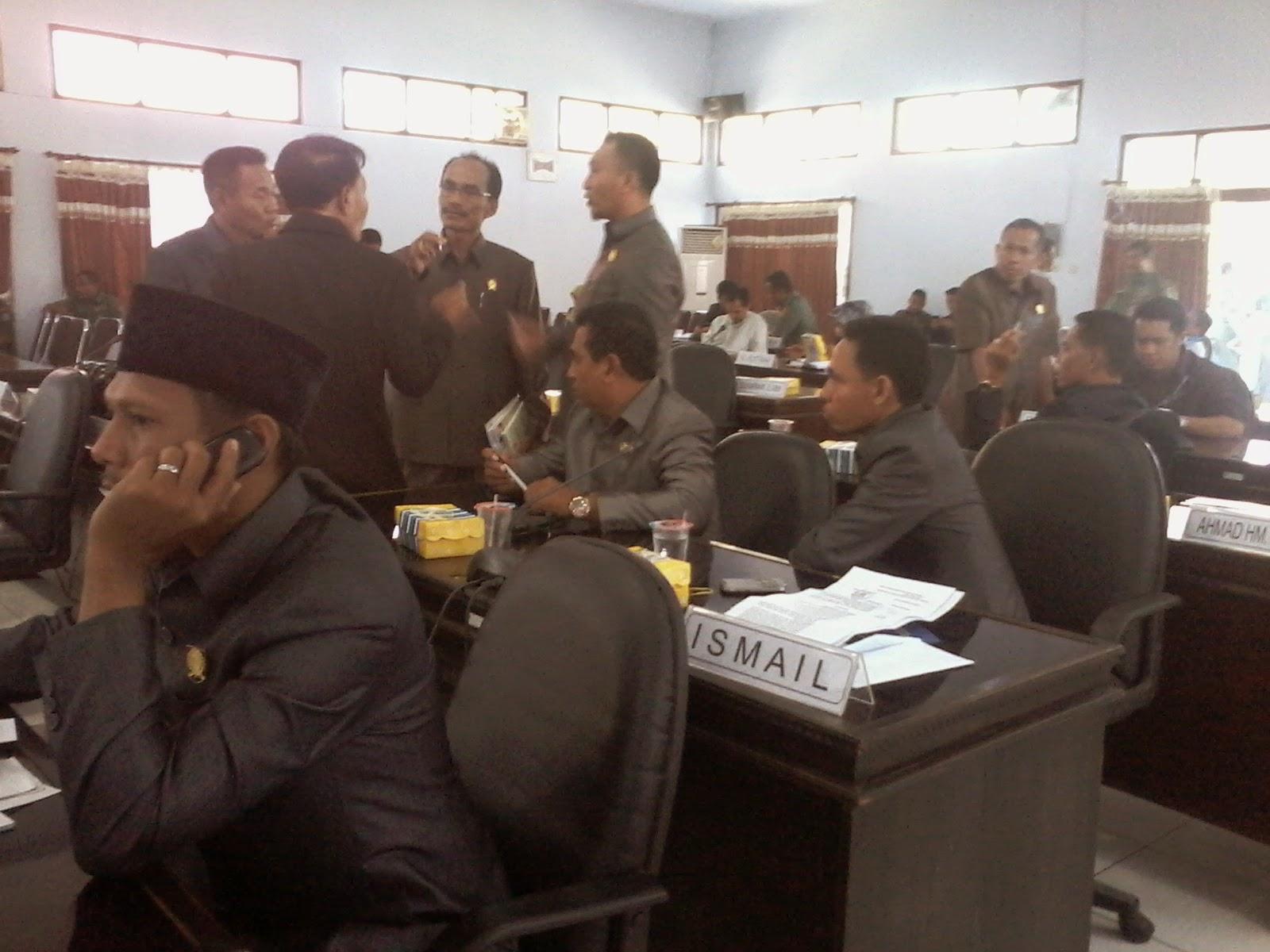 Pembentukan Pansus Penimbunan Terhambat di Ketua Dewan
