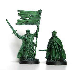 Figurki Władca Pierścieni - Król i Sztandarowy Umarłych