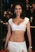 Mallika sherawat hot deep cleavage picture