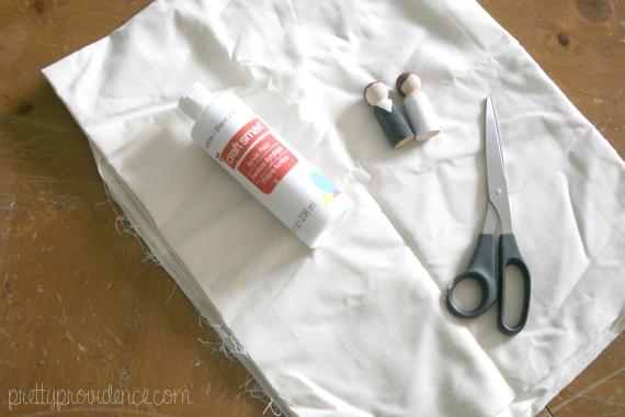 DIY mini mummies Halloween decoration!