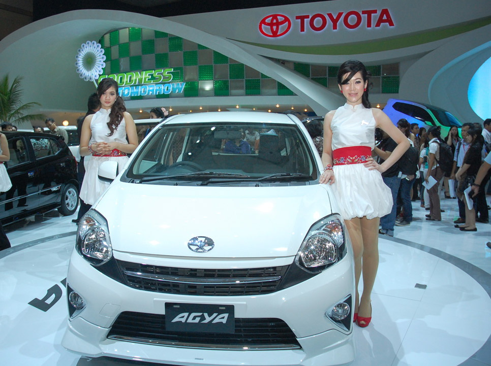 Harga dan Spesifikasi Astra Toyota Agya 2014
