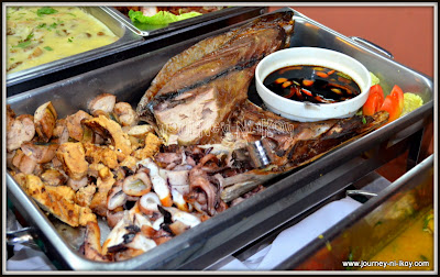 http://www.journey-ni-ikoy.com/2012/10/eat-all-you-can-crab-buffet-at-glamour.html