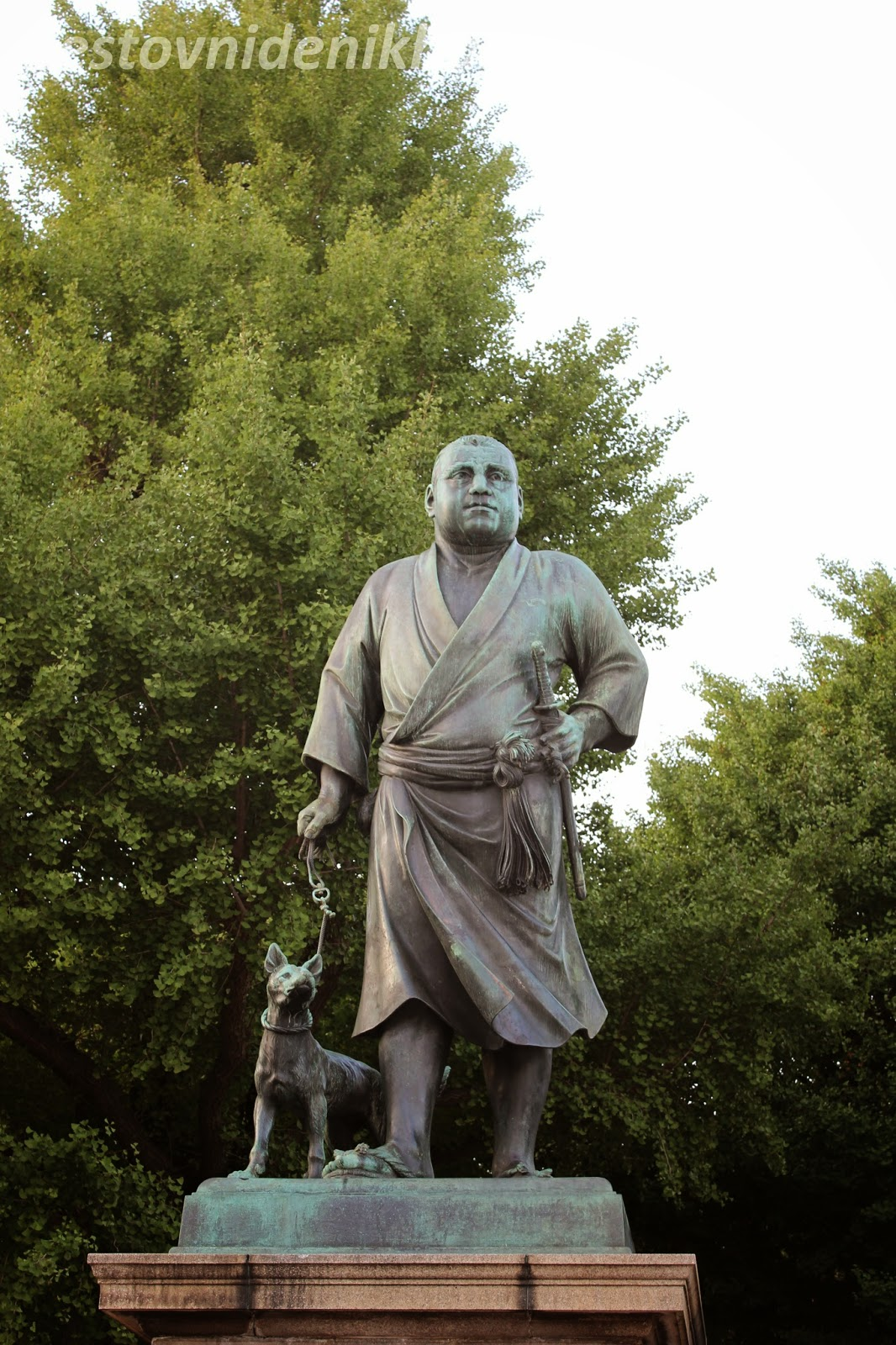 the statue of Saigo Takamori