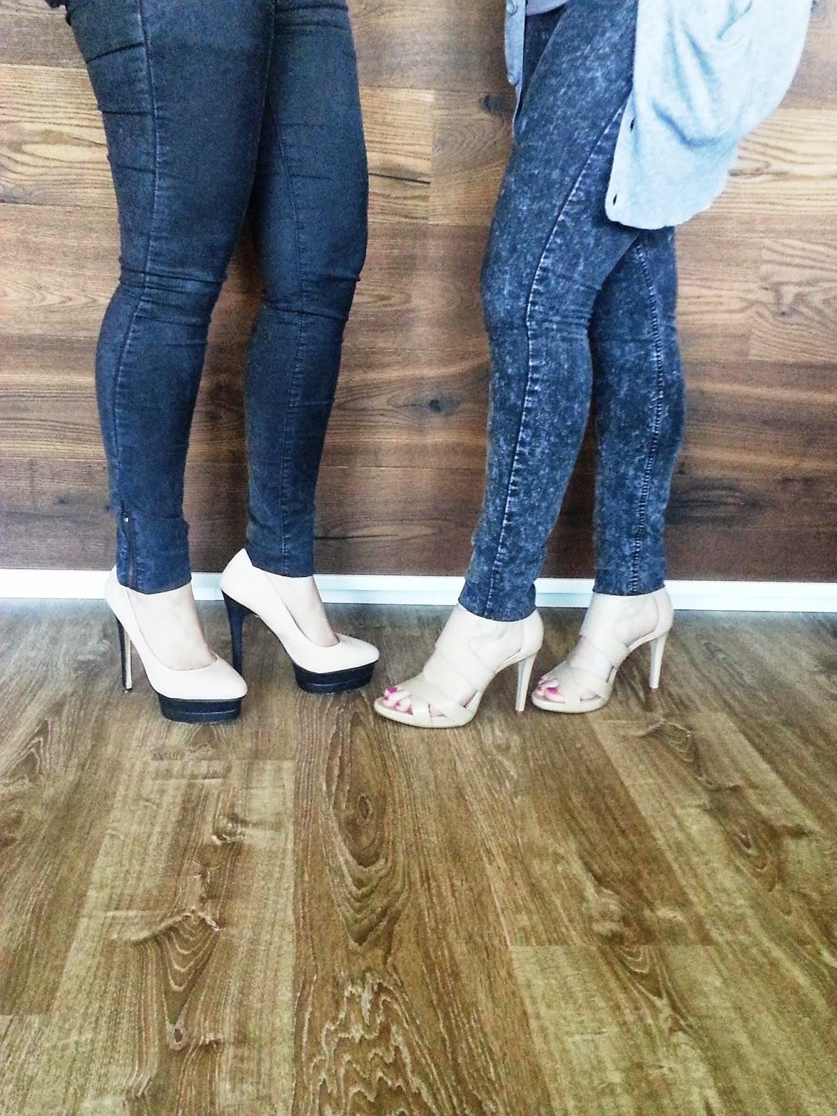 High Heels auf Laminatboden