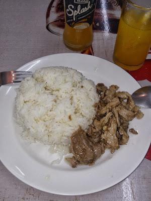 moo tod gratiem หมูทอดกระเทียม Thai food fried pork with garlic