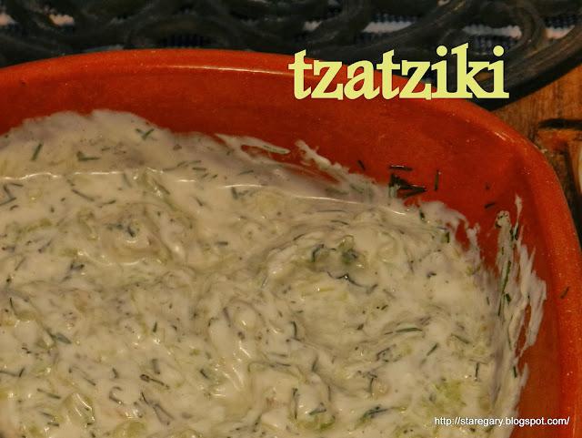 Jogurt z ogórkami i ziołami czyli tzatziki