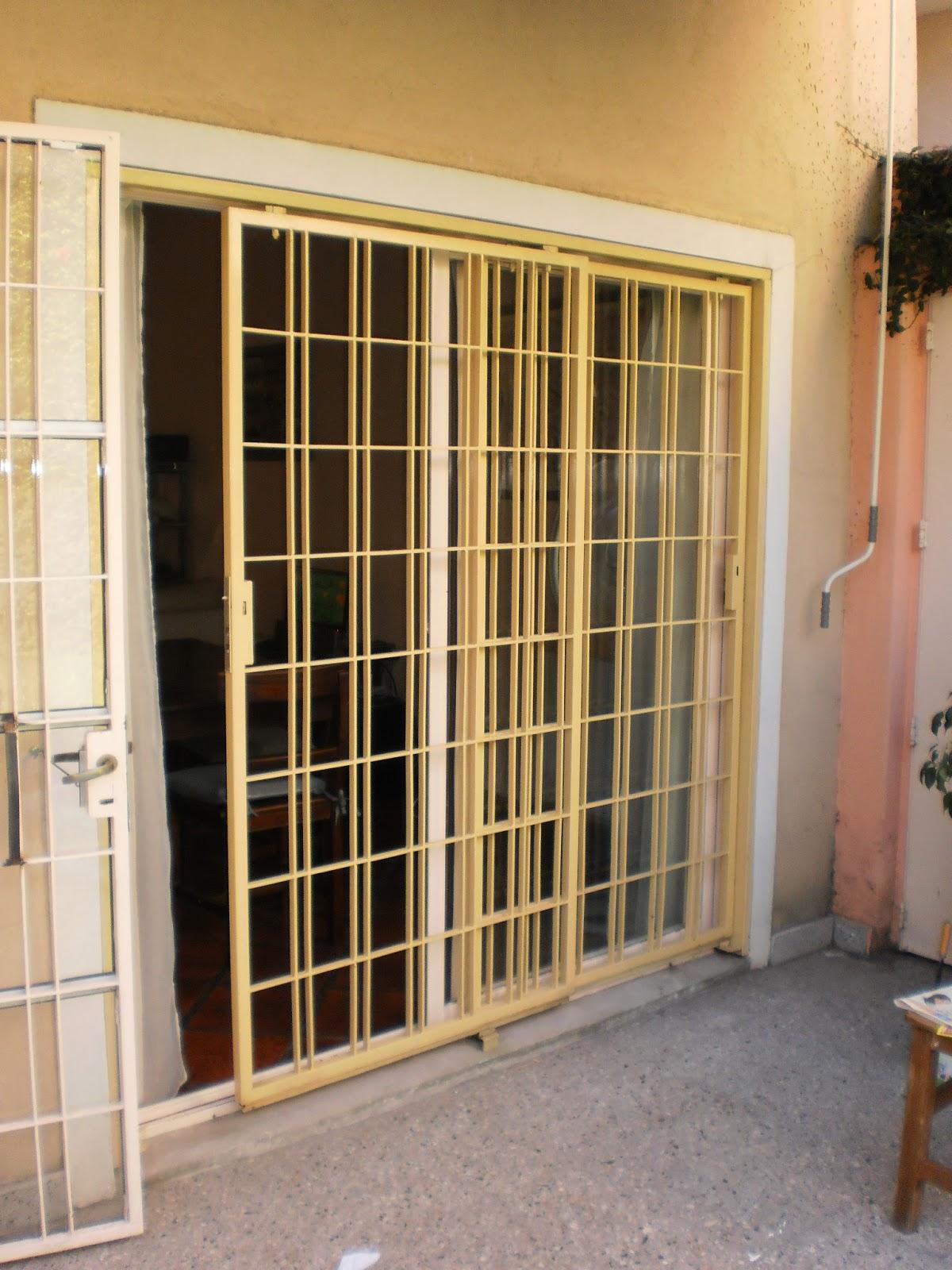 Rejas para ventanas correderas cool reja modelo curvas rejas para ventanas with rejas para - Rejas correderas para puertas ...