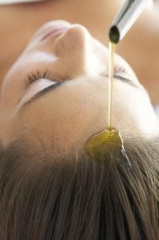 Абсолютное восстановление и лечение выпадающих и редких волос