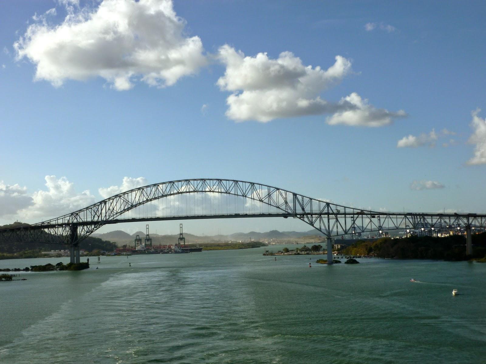bridge of the americas Punte de las americas - the bridge of the americas crosses the panama canal connecting panama city with the panamerican highway.