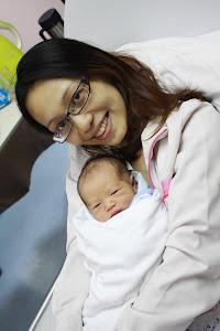 Mummy Fiona & Lil Jojo 2012