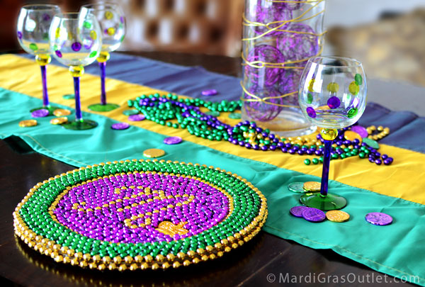 Charger Plate DIY Mardi Gras Beads Bead Upcycle Mardi Gras Decorations & Party Ideas by Mardi Gras Outlet: DIY: Beaded Mardi Gras Charger Plate
