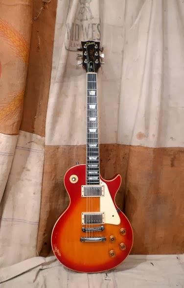 Gitar Gibson Les Paul Sunburst