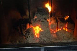 Płonący Brykiet kominkowy Barlinek